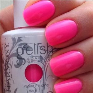 Gelish Make you blink pink gel polish